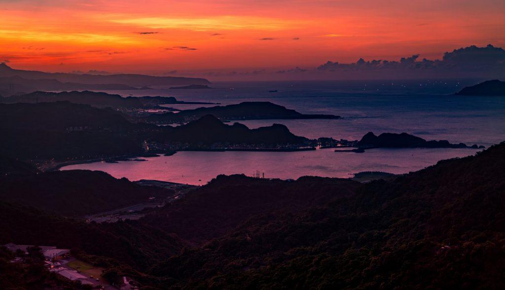 九份夜間夕陽海景