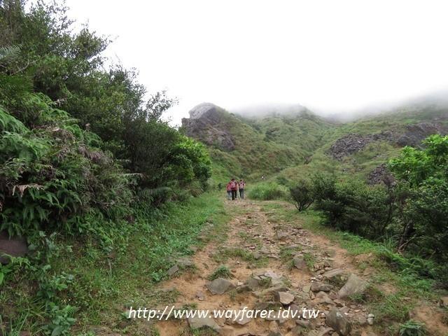瑞芳登山步道一日遊茶壺山金瓜石山路土石步道