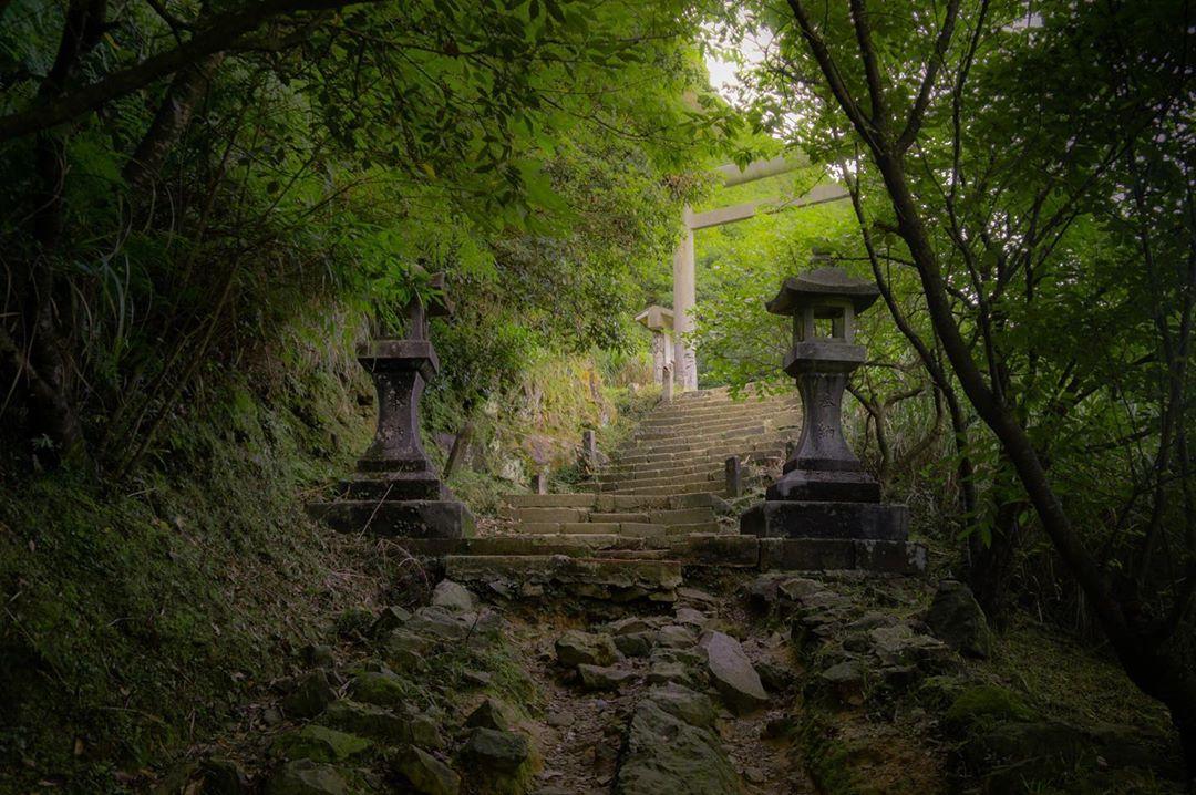 金瓜石神社 石燈籠